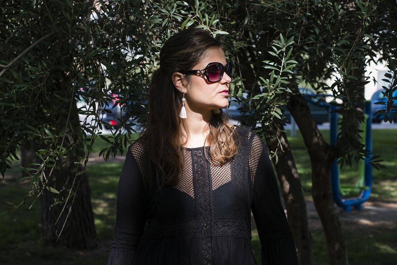 black blouse, blusa negra