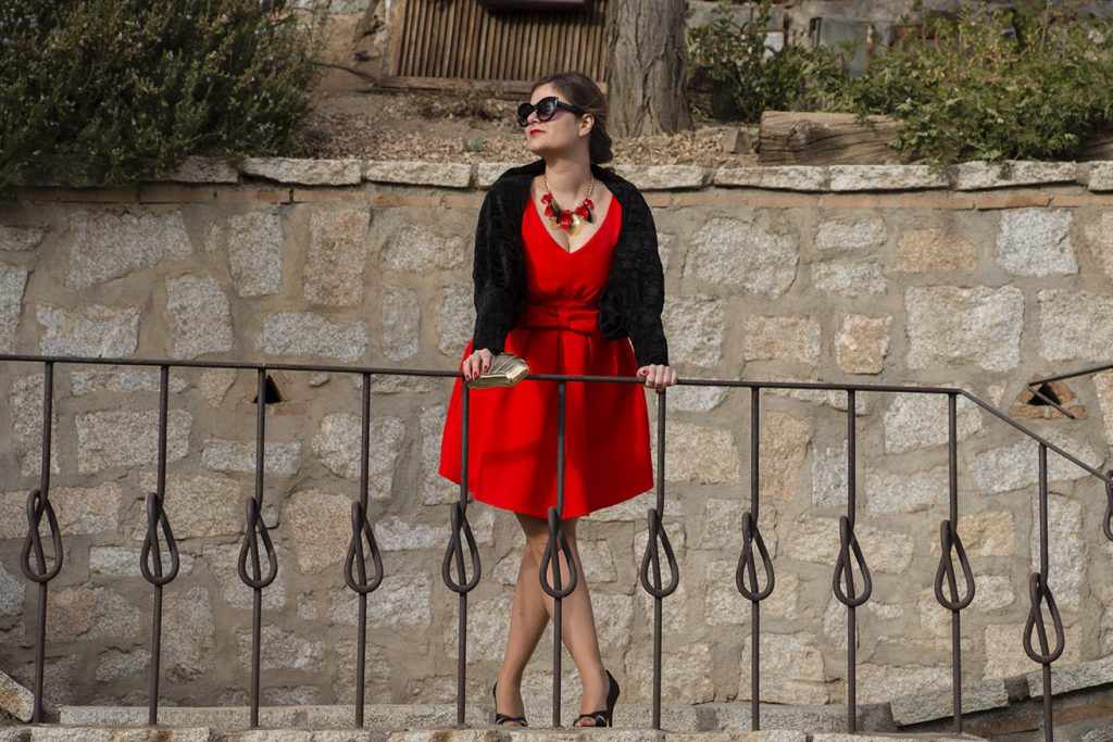 Look navideño, vestido rojo