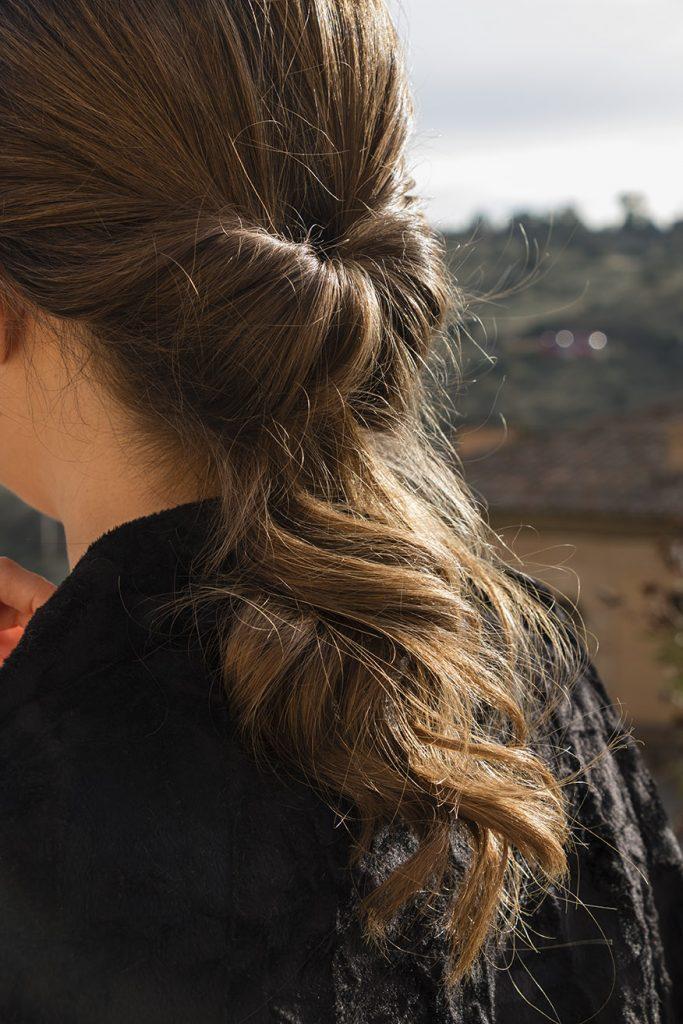 peinado con coleta baja